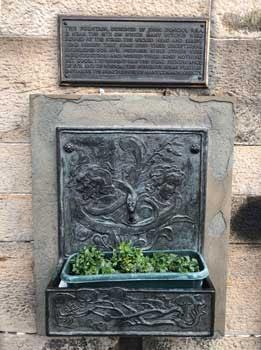 Witches' Well, Edinburgh